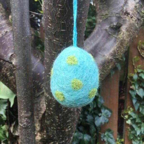 felt easter egg turquoise green spots