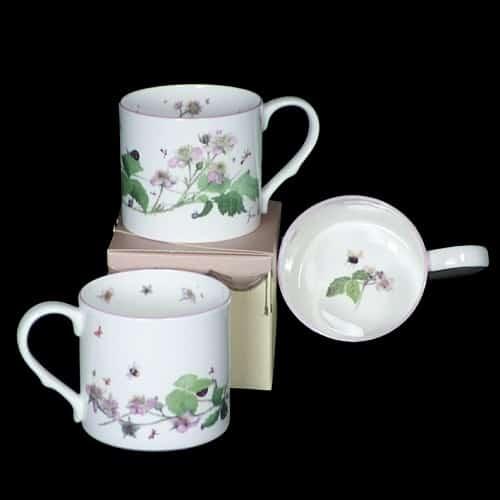 bramble blossom mug box